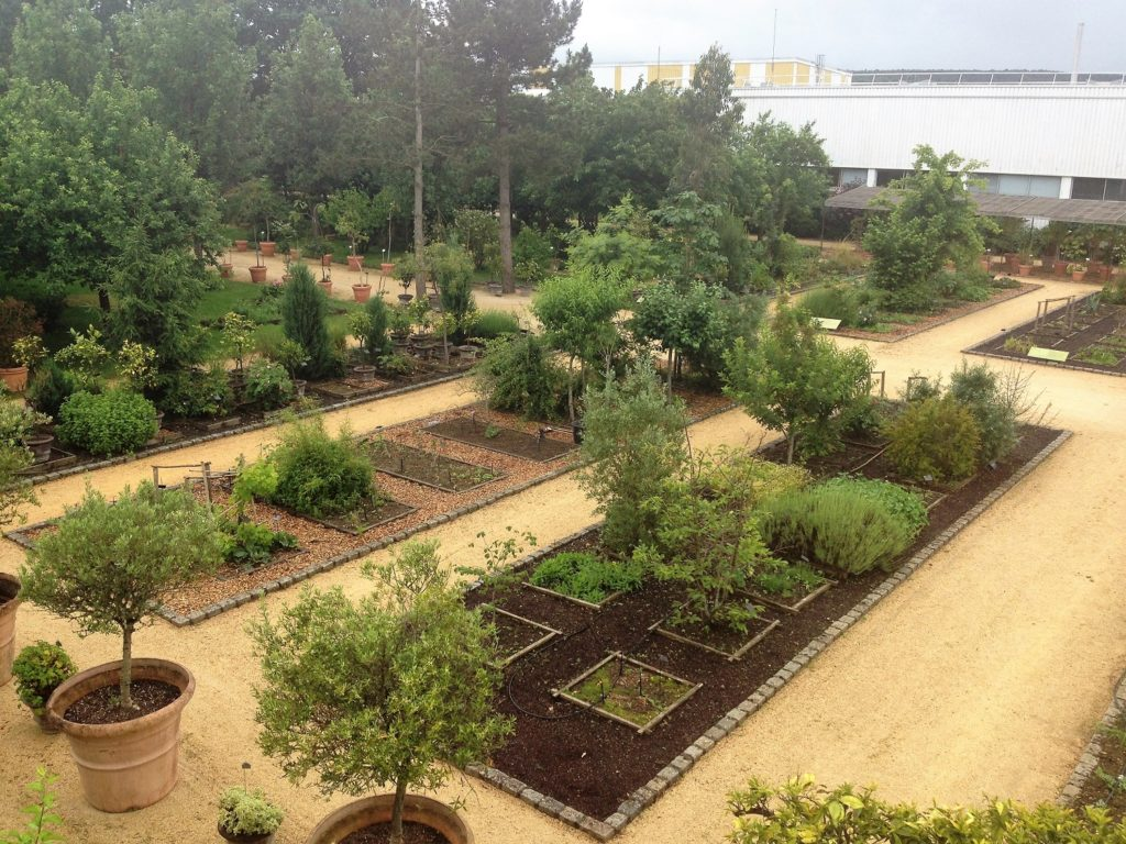 De botanische tuin in La Gacilly vn Yves Rocher is een van de grootste privé tuinen ter wereld