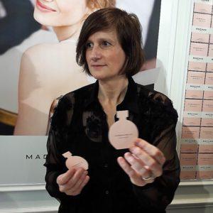Portret parfumeur Anne Flipo