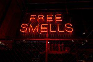 Last van parfum? Een pleidooi voor bewust parfumeren